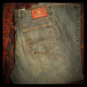 Used pair of lucky brand capris